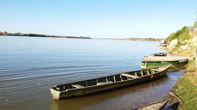 Resultado de imagem para foto do rio são francisco em itacarambi